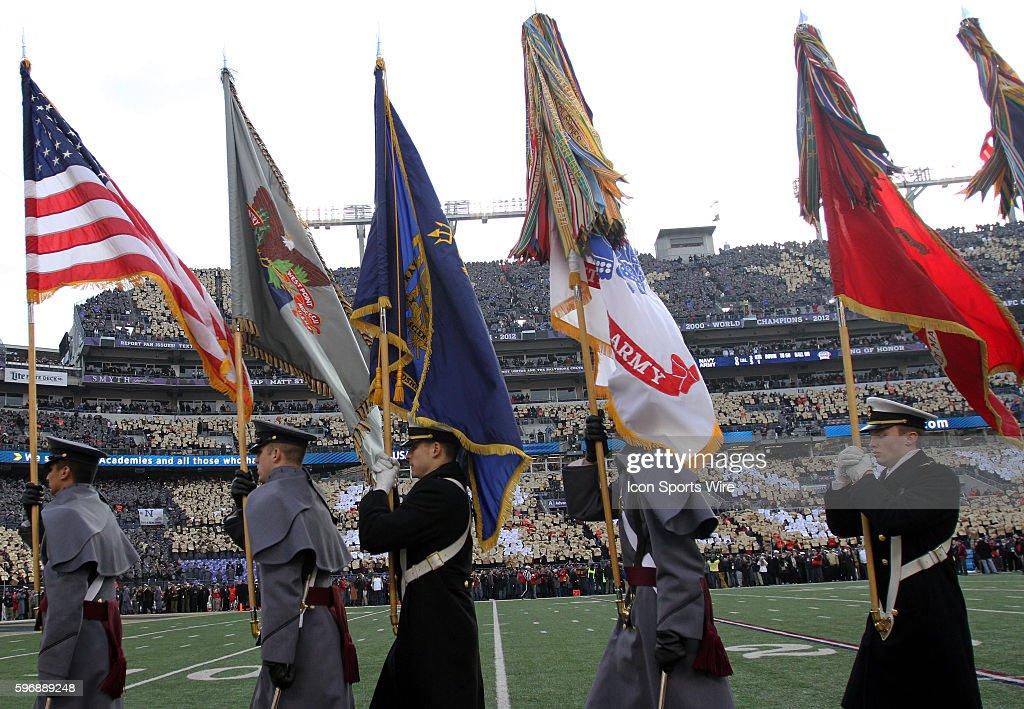 NCAA FOOTBALL: DEC 13 Navy at Army : ニュース写真