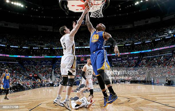 Brandon Rush of the Golden State Warriors goes for the layup against the New Orleans Pelicans during the game on December 14 2014 at Smoothie King...
