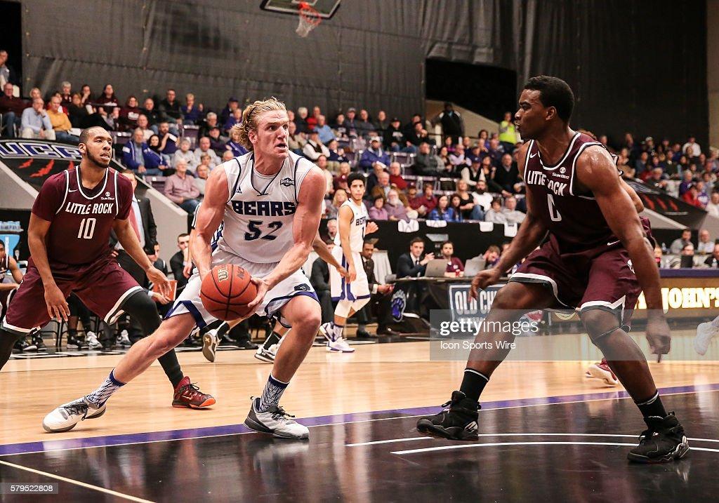 NCAA BASKETBALL: DEC 16 Arkansas-Little Rock at Central Arkansas : News Photo