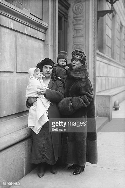 Mrs Lena Lisa and her two children and Nellie Bly