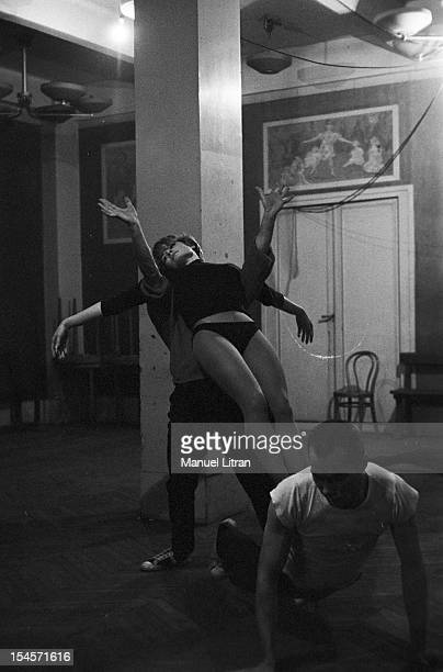 December 1957 rehearsals at the Theatre des ChampsElysees from the ballet 'The lack Rendezvous' Francoise Sagan directed by Roger Vadim music by...