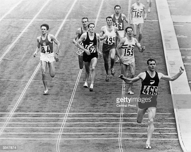 New Zealander Peter Snell winning the gold medal in the 1500 metres at the Tokyo Olympic Games held at the National Stadium He also won the 800 metres