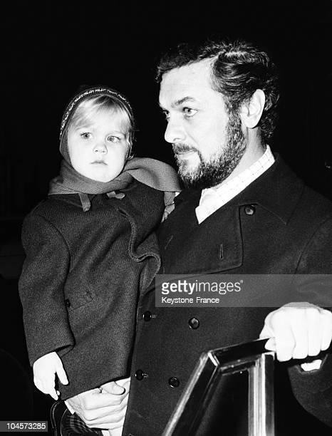 December 1966 italyrome via condotti Tony Curtis and daughter alexandra