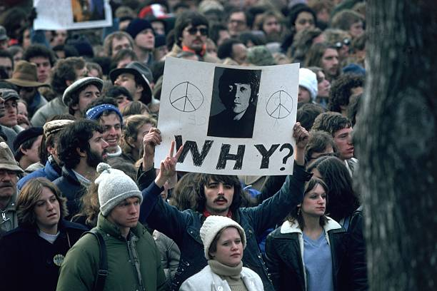 NY: 8th December 1980 - John Lennon Shot Dead