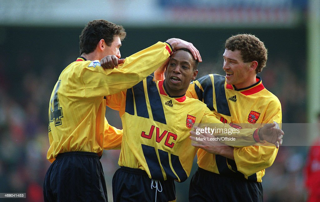 Swindon Town v Arsenal 1994 : News Photo