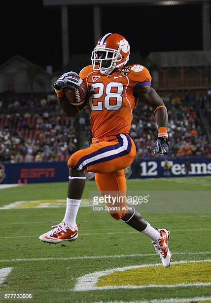 Clemson's CJ Spiller scores his first touchdown of the game in the ACC Championship game between the Georgia Tech Yellowjackets and the Clemson...