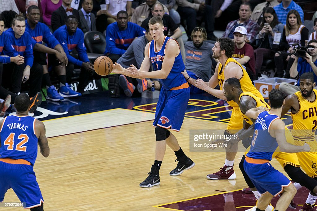 NBA: DEC 23 Knicks at Cavaliers : News Photo