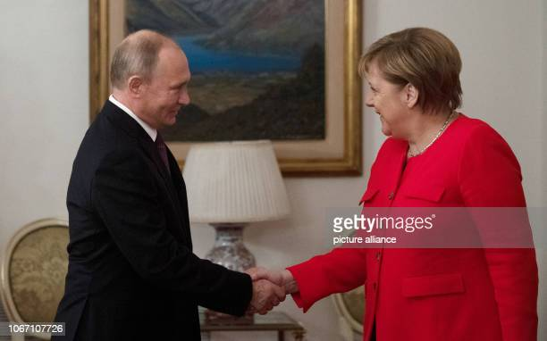 01 December 2018 Argentina Buenos Aires Chancellor Angela Merkel meets Vladimir Putin President of Russia for a joint breakfast at the G20 summit...