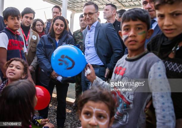 December 2018, Iraq, Erbil: Heiko Maas , Foreign Minister, visits the refugee camp Hasan Sham. After Kuwait Maas visits Iraq. Photo: Jens...