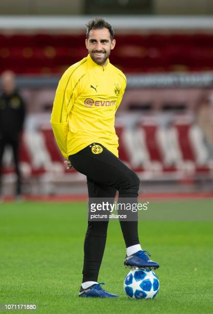 Soccer Champions League before the 6th matchday AS Monaco Borussia Dortmund in the Stade Louis II Borussia Dortmund's Paco Alcacer takes part in the...