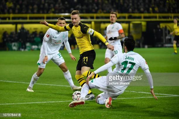 15 December 2018 North RhineWestphalia Dortmund Soccer Bundesliga Borussia Dortmund Werder Bremen 15th matchday at Signal Iduna Park Marco Reus from...