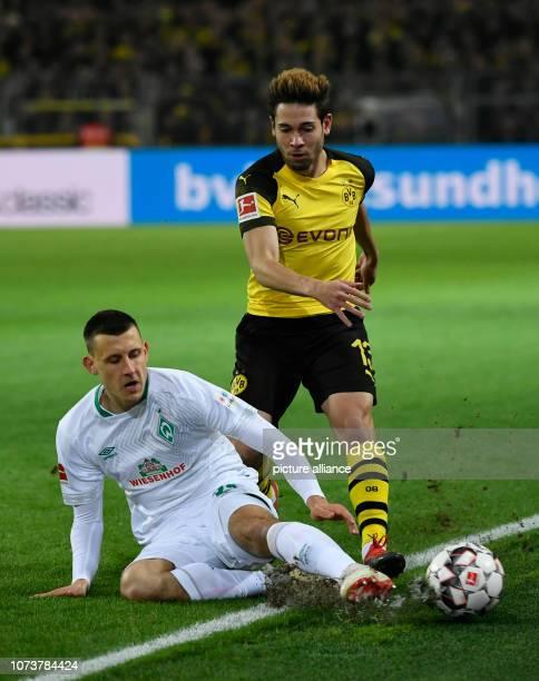15 December 2018 North RhineWestphalia Dortmund Soccer Bundesliga Borussia Dortmund Werder Bremen 15th matchday at Signal Iduna Park Raphael...