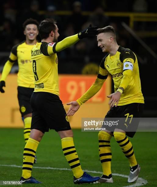 15 December 2018 North RhineWestphalia Dortmund Soccer Bundesliga Borussia Dortmund Werder Bremen 15th matchday at Signal Iduna Park Paco Alcacer and...