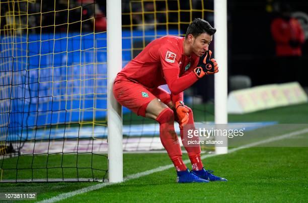 15 December 2018 North RhineWestphalia Dortmund Soccer Bundesliga Borussia Dortmund Werder Bremen 15th matchday at Signal Iduna Park Goalkeeper Jiri...