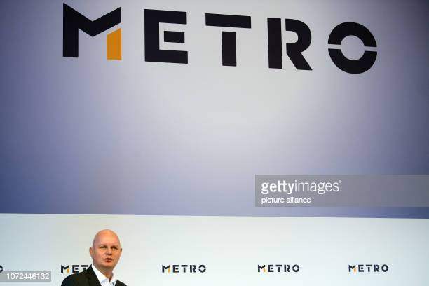 13 December 2018 North RhineWestphalia Düsseldorf Olaf Koch CEO of Metro AG answers questions from journalists during his company's balance sheet...