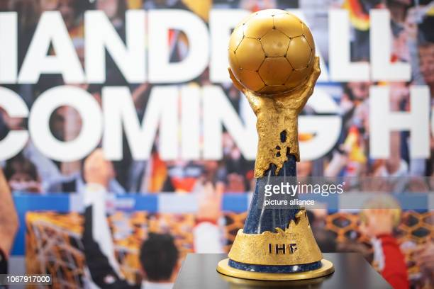 03 December 2018 North RhineWestphalia Köln The world cup of the handball world championship 2019 recorded in the home cabin of the LanxessArena The...