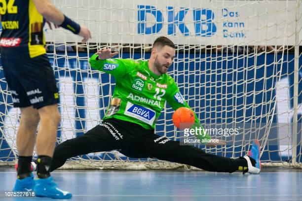 27 December 2018 SchleswigHolstein Kiel Handball Bundesliga THW Kiel RheinNeckar Löwen 19th matchday Andreas Palicka of the RhineNeckar Lions parries...