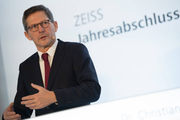DEU: Carl Zeiss AG - Annual Results Press Conference