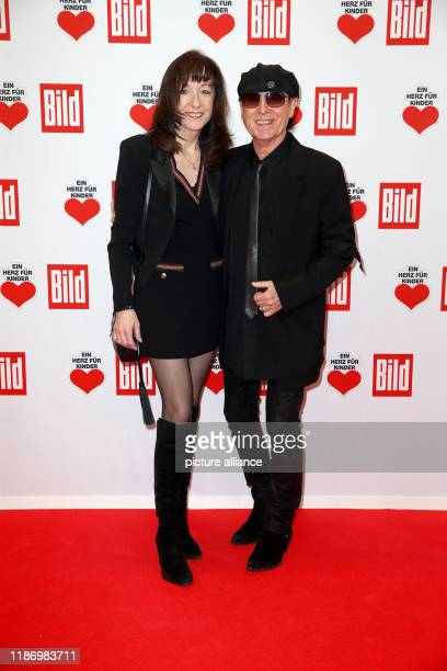 Klaus Meine and Gabi Meine come to the annual benefit gala Ein Herz für Kinder At the show in Berlin as much money as possible is to be collected for...