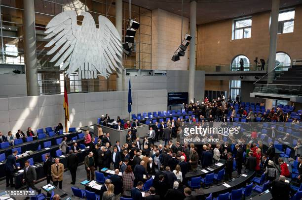 "December 2019, Berlin: MEPs submit their voting cards on the agenda item ""Procurement of armed threats"". The topics of the 138th session of the 19th..."