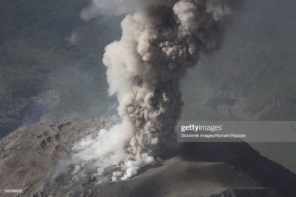 December 26, 2007 - Eruption of ash cloud from Santiaguito dome complex, Santa Maria volcano, Guatemala. : Stock Photo