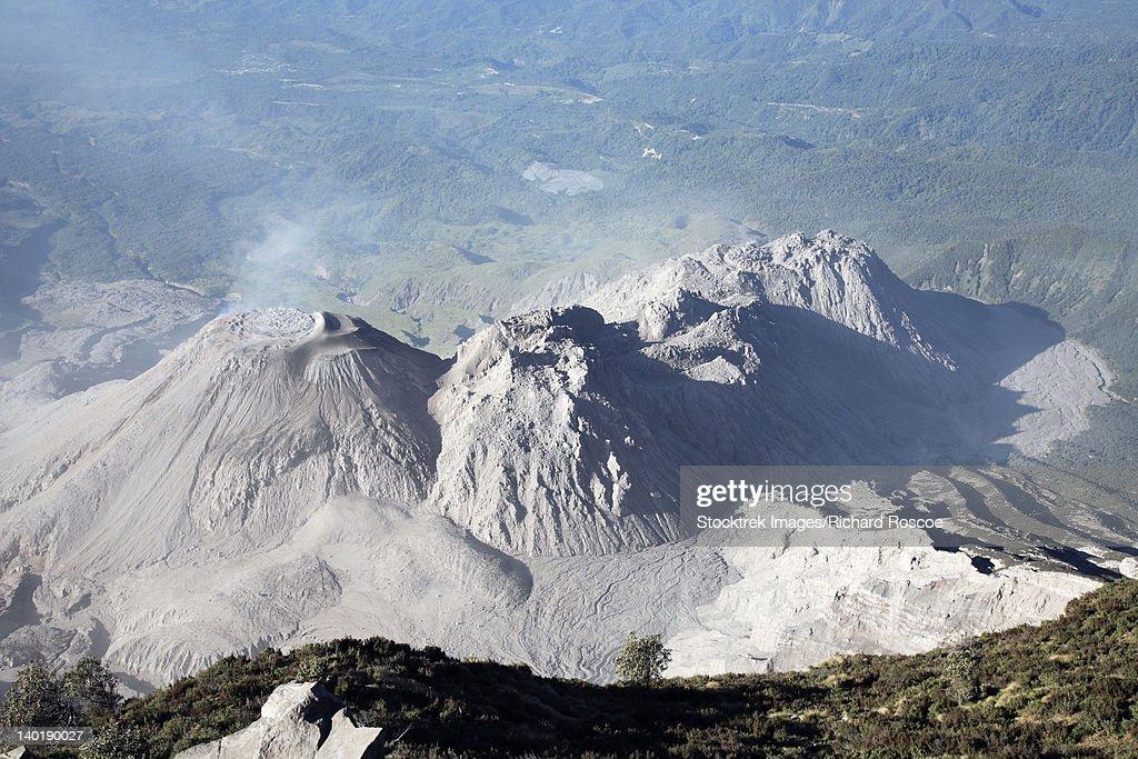 December 26, 2007 - Santiaguito dome complex, Santa Maria volcano, Guatemala. : Stock Photo