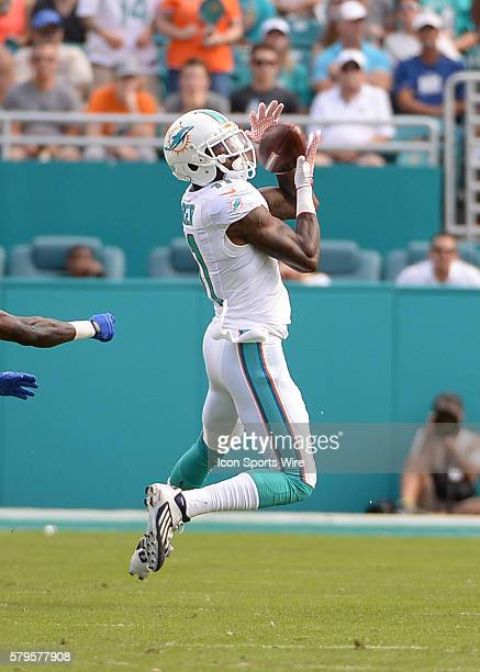 December 27 2015 Miami Dolphins wide receiver DeVante Parker on a long pass during the first half in a game between the Miami Dolphins and the...
