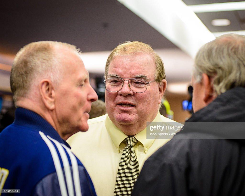 NCAA FOOTBALL: DEC 30 Jim Harbaugh Introduced as Michigan Head Coach : News Photo