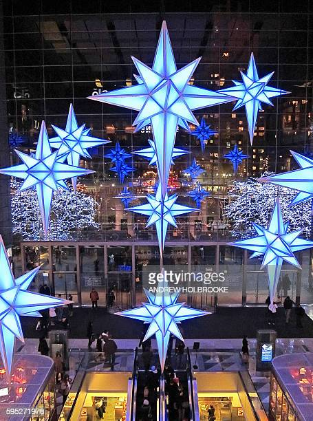 December 6, 2009 - The Time Warner Center, decorated for the Christmas holiday season, is meant to attract shoppers. Whole Foods can be seen on the...