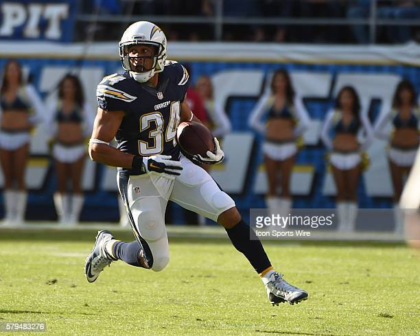 December 6 2015 San Diego Chargers Running Back Donald Brown [10347] during the NFL football game between the Denver Broncos and the San Diego...