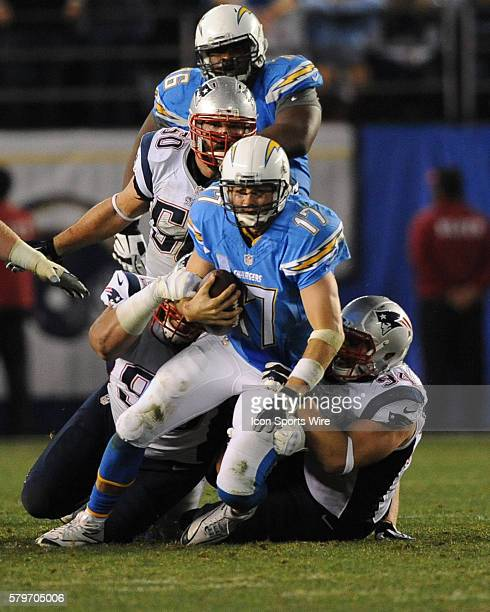 San Diego Chargers Defence: Sealver Siliga Photos Et Images De Collection