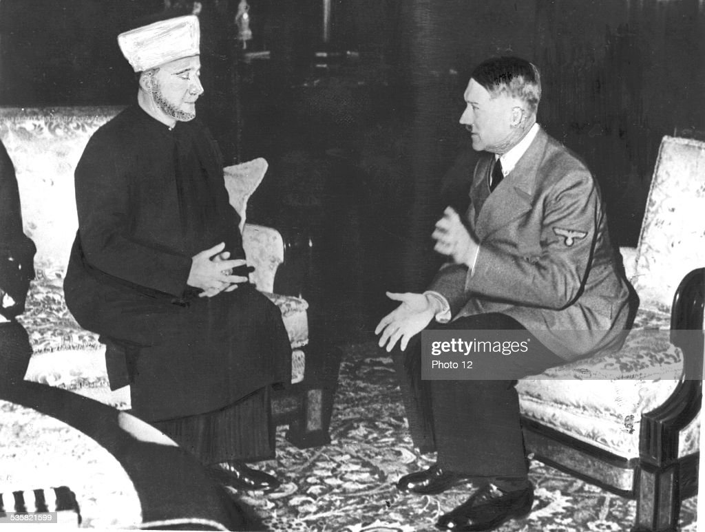 December1941, Hitler receives the Grand Mufti of Palestine, with whom he speaks about future relations between Germany and the Arabic world : News Photo