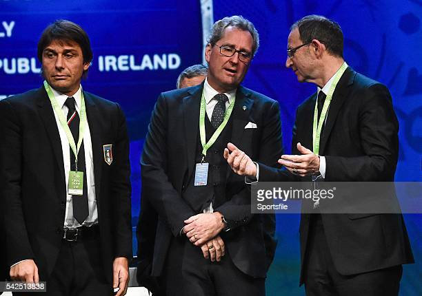 12 December2015 Republic of Ireland manager Martin O'Neill right with Group E managers from left Antonio Conte Italy and Erik Hamren Sweden after the...