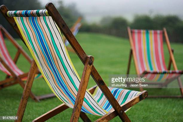 deck chairs - s0ulsurfing stock pictures, royalty-free photos & images