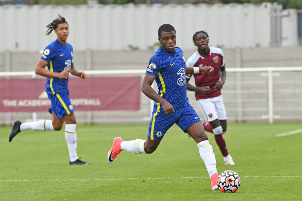 Declan Firth of Chelsea looks to pass the ball during the West Ham United v Chelsea Premier League 2 match at Rush Green on August 29, 2021 in...