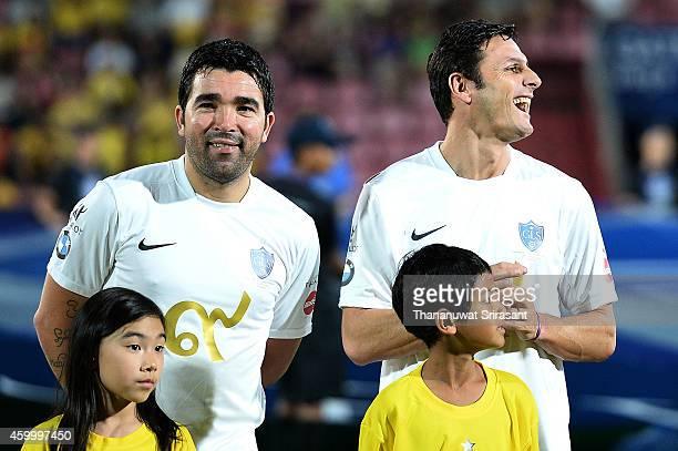 Deco and Javier Zanetti of Team Figo smiles during the Global Legends Series match at the SCG Stadium on December 5 2014 in Bangkok Thailand