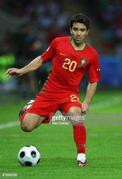 Deco of Portugal in action during the UEFA EURO 2008 Group A match between Portugal and Turkey at Stade de Geneve on June 7 2008 in Geneva Switzerland