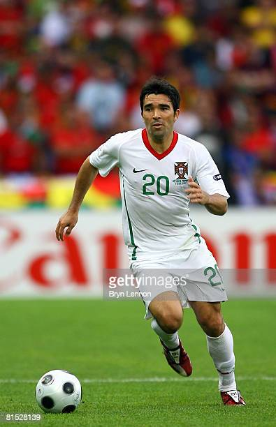 Deco of Portugal runs with the ball during the UEFA EURO 2008 Group A match between Czech Republic and Portugal at Stade de Geneve on June 11, 2008...