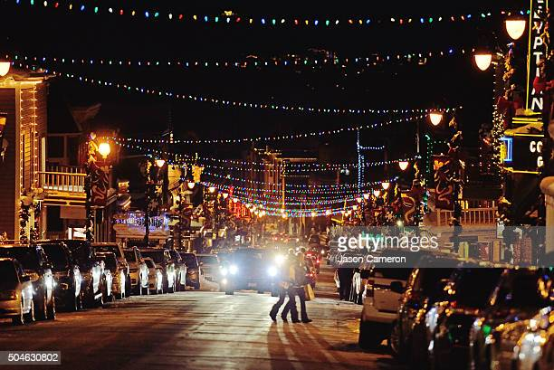 decorated main street park city - park city utah stock pictures, royalty-free photos & images