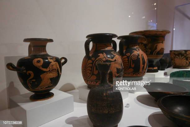 SCAVI POMPEI CAMPANIA ITALY Decorated pottery exhibited in the exhibition Pompeii and the Etruscan about the cultural melting pot in the ancient...
