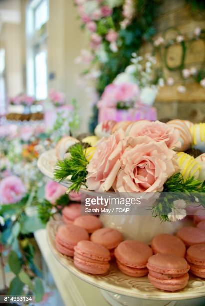 Decorated table with macaroons