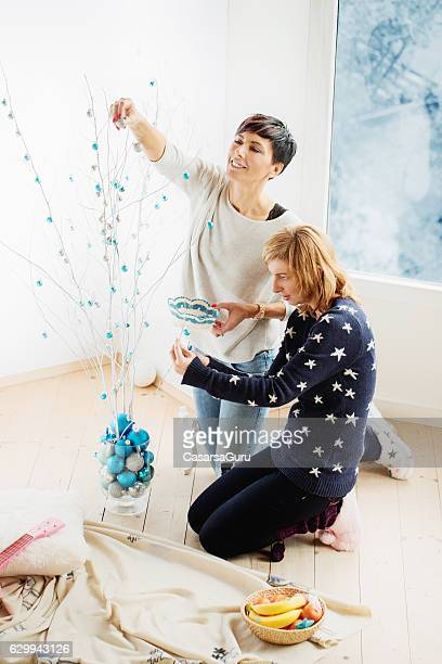 Decorating a Modern Christmas Tree