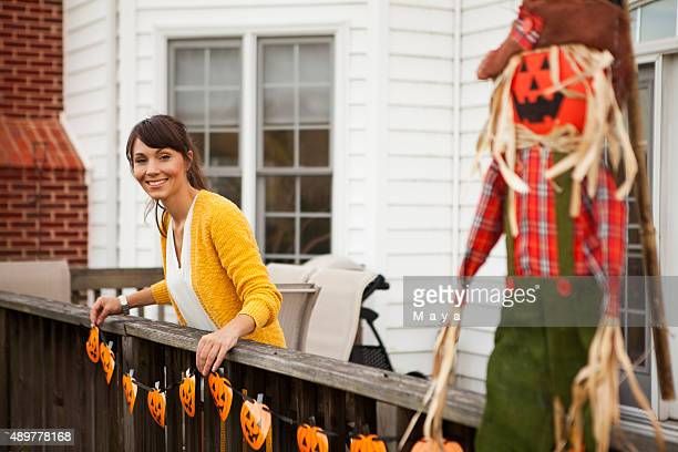 decorating for halloween - autumn decoration stock pictures, royalty-free photos & images