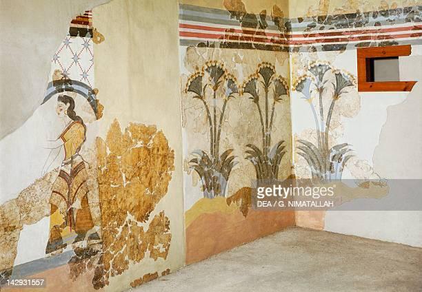 Decoration with lilies, Akrotiri fresco, Thera . Minoan Civilization, 16th Century BC. Athens, Ethnikó Arheologikó Moussío