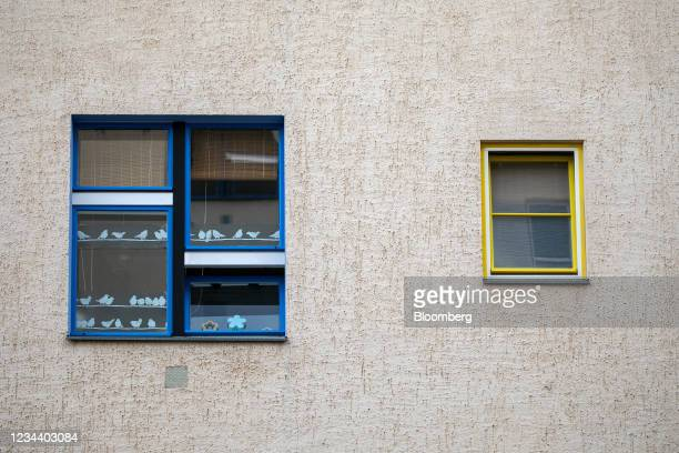 Decorative displays in the window of a residential apartment on the Carl Legien modernist housing estate, operated by Deutsche Wohnen SE, in Berlin,...