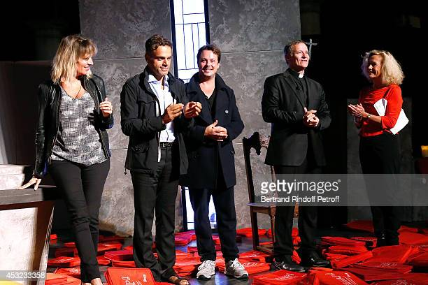 Decorator Stephanie Jarre her companion stage director Steve Suissa actors Davy Sardou Francis Huster and Brigitte Fossey on stage after...