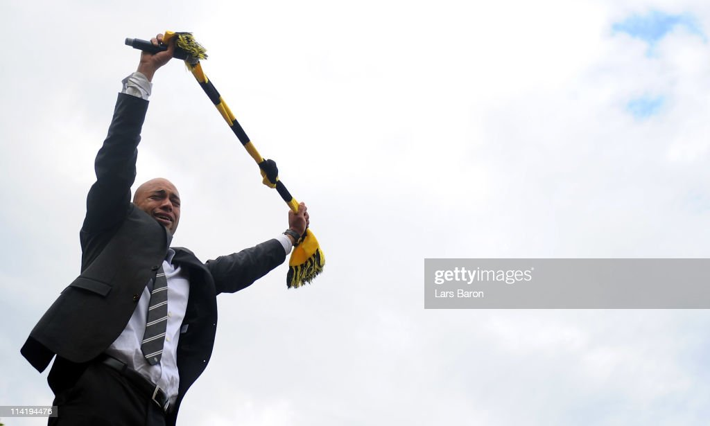 Dede cries during the Borussia Dortmund Bundesliga winners parade at Westfalenhalle on May 15, 2011 in Dortmund, Germany.