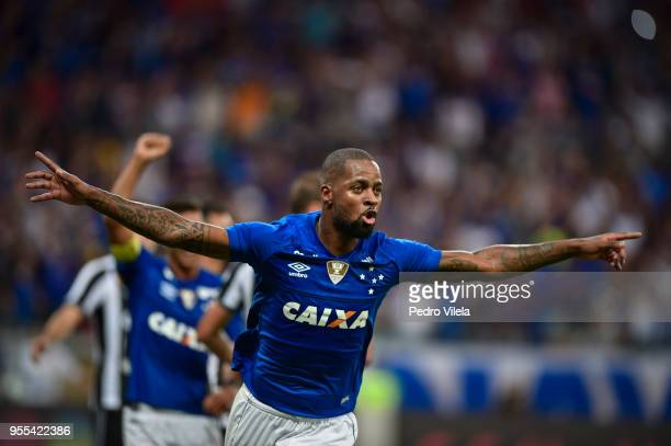 Dede of Cruzeiro celebrates a scored goal against Botafogo during a match between Cruzeiro and Botafogo as part of Brasileirao Series A 2018 at...