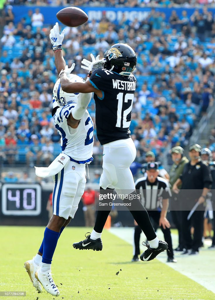 Indianapolis Colts v Jacksonville Jaguars : News Photo