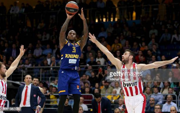 Dee Bost #3 of Khimki Moscow Region competes with Vangelis Mantzaris #17 of Olympiacos Piraeus in action during the 2018/2019 Turkish Airlines...